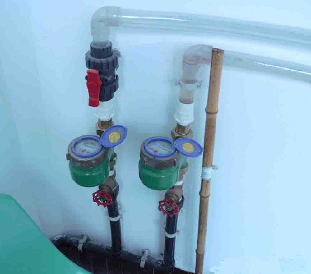 安装水表自转装置,为用户解惑答疑